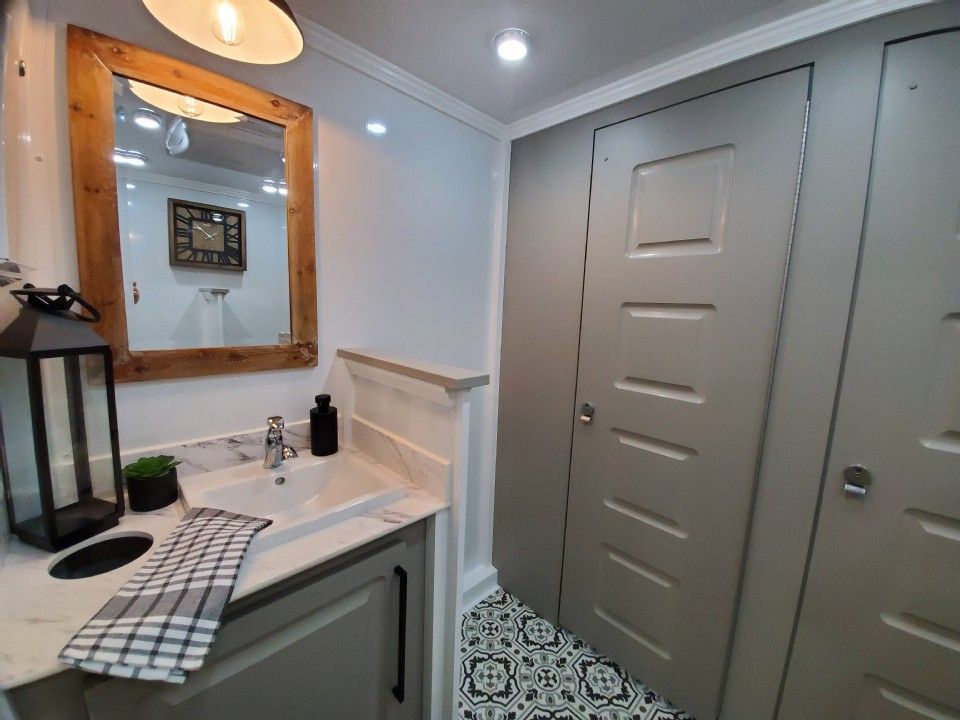 Luxurious Events Call for Luxury Restroom Trailers